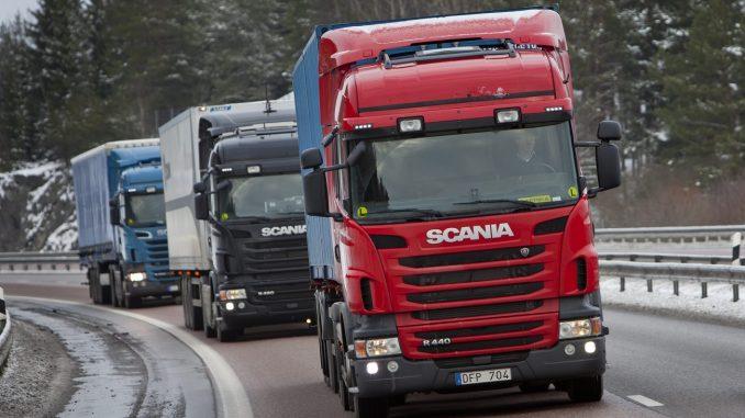 斯堪尼亚与芬兰运输公司合作 测试半自动驾驶卡车车队