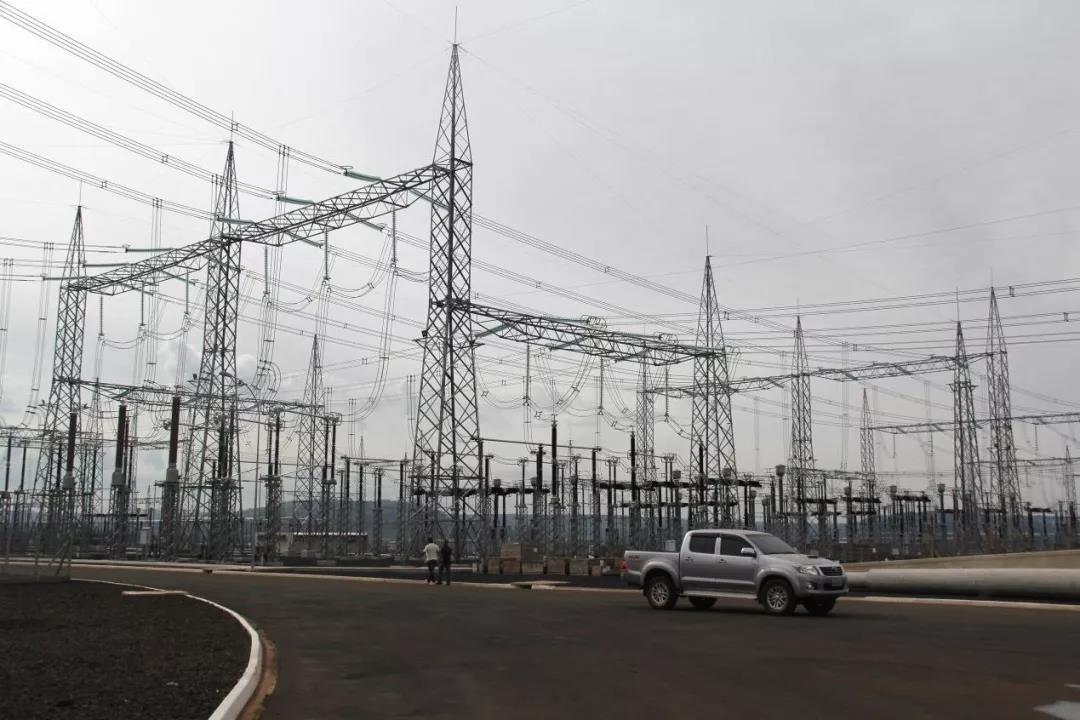 """中国""""世界之最""""特高压技术推动全球能源互联网建设"""