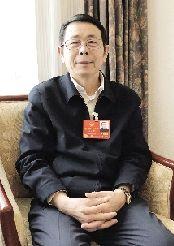 全国人大代表闫大鹏:产业集群助力制造业创新升级