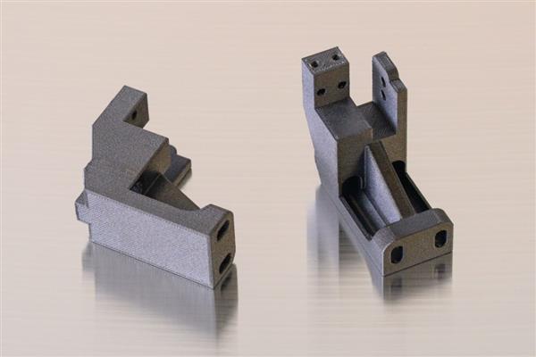 AON3D发布450°C高温专业3D打印机