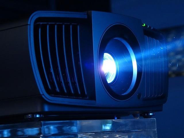 新光源概念火热 激光or高亮LED谁更胜一筹