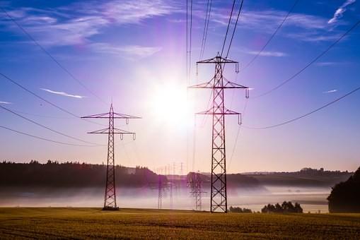 潘敬东代表:加快特高压输电通道建设 推动能源清洁低碳转型