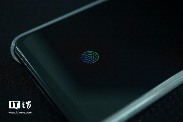 vivo X21屏幕指纹手机评测:全面屏时代的一抹优雅