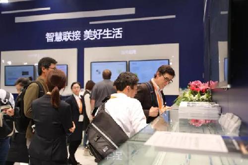 长飞公司携特种光纤系列产品重磅亮相慕尼黑上海光博会