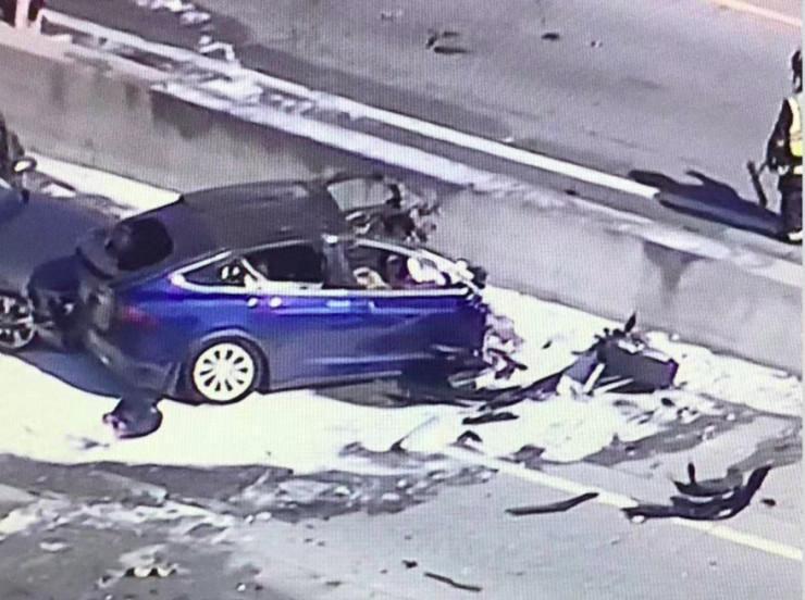 特斯拉再造致死事故,撞车起火或与电池有关