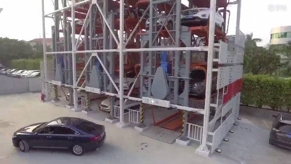 天猫汽车无人贩卖机开放:刷脸提车真的来了