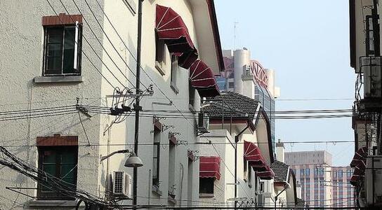 沪一街道加强历史建筑巡查,外墙传感器自动感知异常