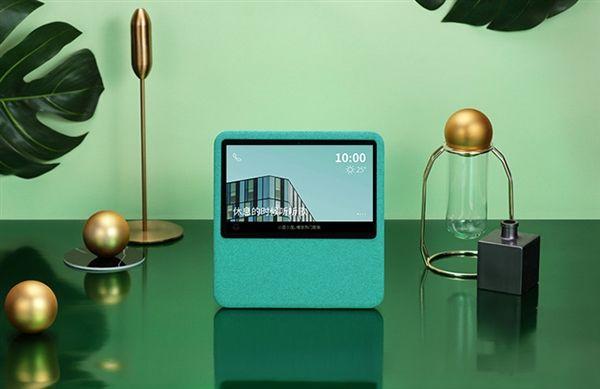 """百度发首款带屏智能音箱""""小度在家"""" 功能逆天"""