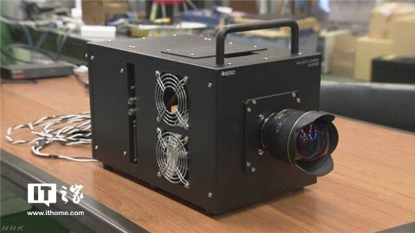能捕捉0.0000001秒瞬间!日本研发超高速相机,激光反射清晰可见