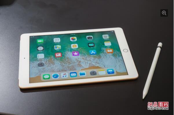 9.7英寸全新iPad首发评测:超低价别犹豫了赶紧入手