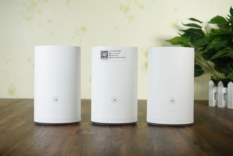 百兆光纤神器!华为路由Q2评测:Wi-Fi从此无死角