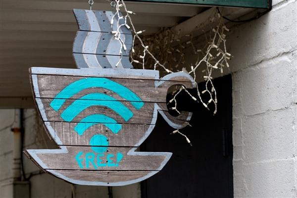 央视怒斥Wi-Fi万能钥匙泄密 官方:损失可索赔