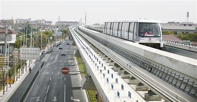 上海首条无人驾驶轨交线试运营
