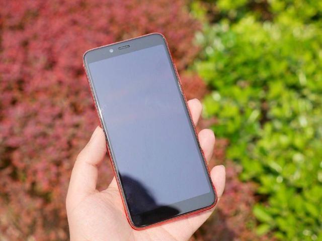 联想 S5 体验:千元机中不多的高颜值全面屏