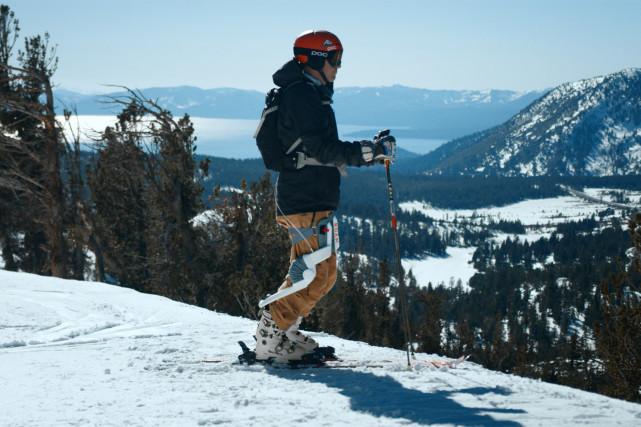 Roam Robotics推出了滑雪外骨骼机器人Roma,可大大减轻膝盖负担