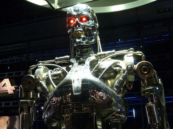 """""""杀手机器人""""实验室遭到人工智能专家的抵制"""