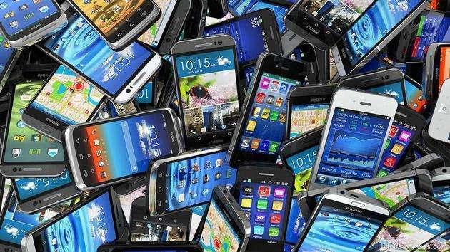 """手机市场""""中等生""""难熬凛冬"""