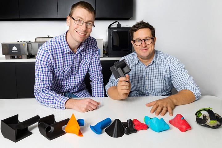 定制3D打印轮椅赛车手套推动运动员直击终点线