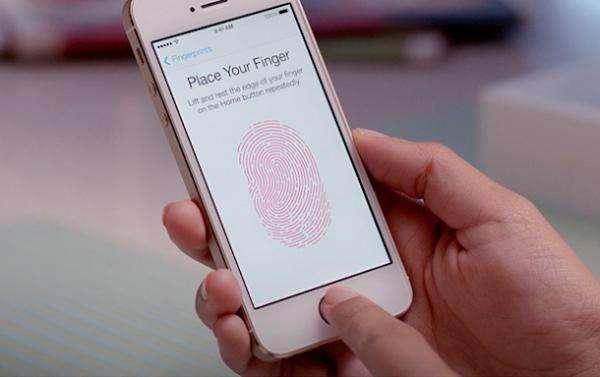 外媒称美国警察可解锁所有iPhone 此前对公众说谎