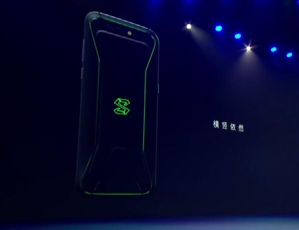 大怪兽!黑鲨游戏手机首发亮相:跑分超小米MIX 2S
