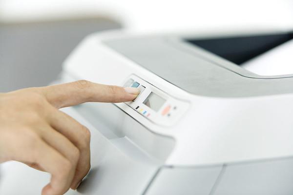 �激光打印�C�c��墨打印�C的共有性能指��