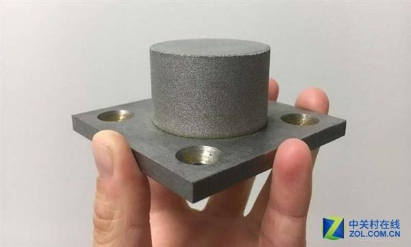 利用3D打印金属玻璃制造更加高效的电动机