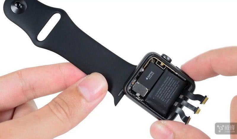 你的Apple Watch电池鼓包吗?苹果将免费维修