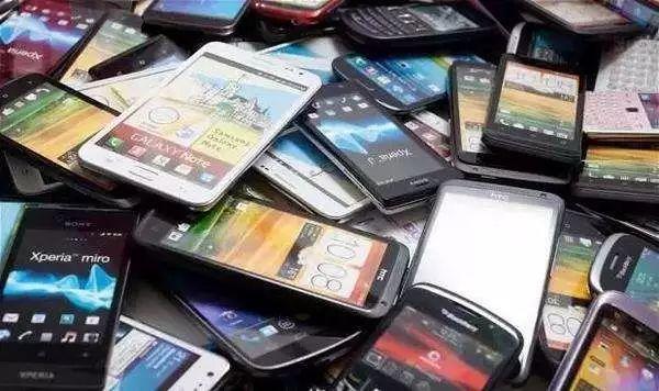 国产手机抢攻新高地 替换用户在用手机即成存量市场新王者