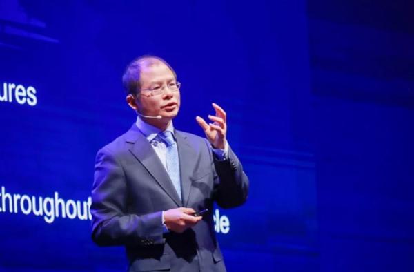 华为徐直军:麒麟芯片不会外售 贸易战下聚焦服务客户