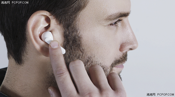"""实用还是""""鸡肋"""" 智能耳机究竟有多智能?"""