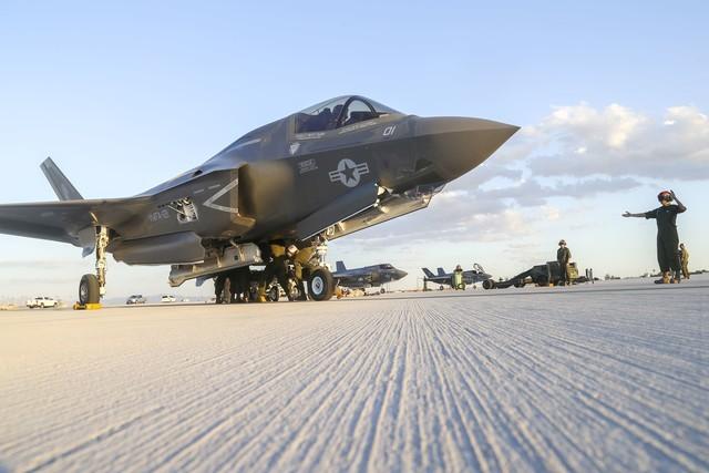美海军陆战队:3D打印修复F35B战机