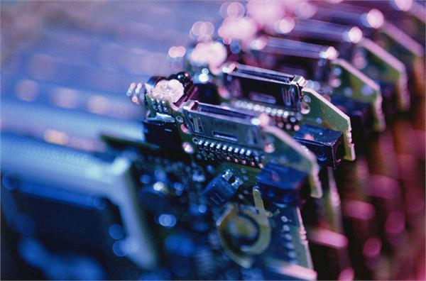 电子元器件产业快速发展 行业发展空间广阔