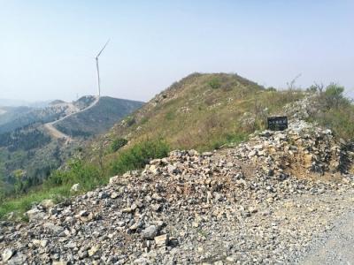 比八达岭长城还古老的奇观被风电机组破坏