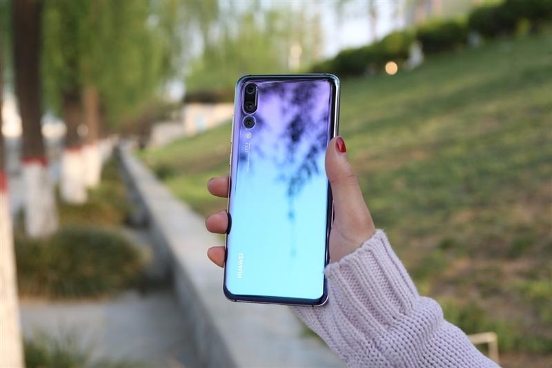 揭秘怪兽级三摄 华为P20 Pro与iPhoneX究竟该选谁