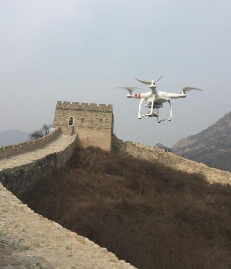 """英特尔用""""AI+无人机""""修复长城"""
