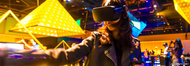 "Oculus正开发浸入式VR剧场体验 把""演员""带到你家里"