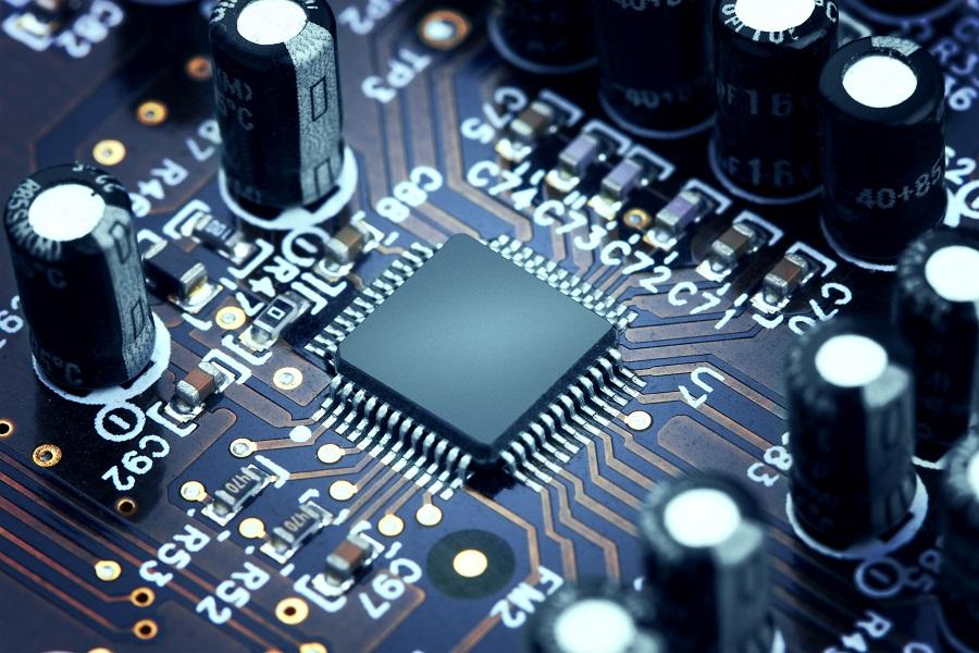 《终结者》里的液态金属,会是我们造不出芯片的解决方案吗?