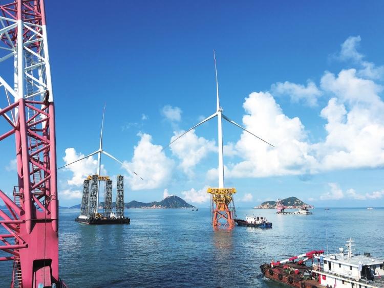 广东首个海上风电项目海域首批3台风机并网发电