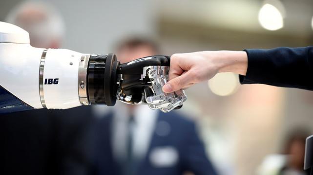 世界机器人强国排行榜出炉!第一名居然是它!