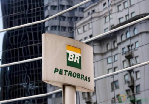 巴西国家石油公司启动1700千米海底光缆系统招标