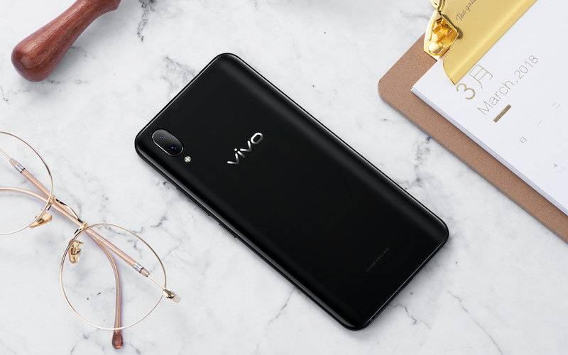 """为什么vivo会""""突然""""成为安卓系统生态当中最激进的手机厂商"""