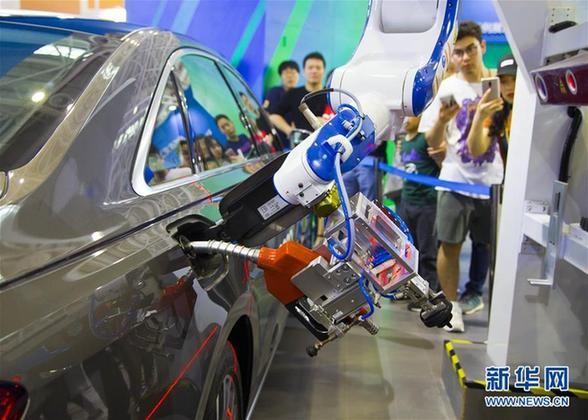 机器人产业加快转向中高端 连续五年成为全球最大应用市场
