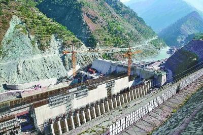 """巴基斯坦""""三峡工程""""为当地输送正能量"""