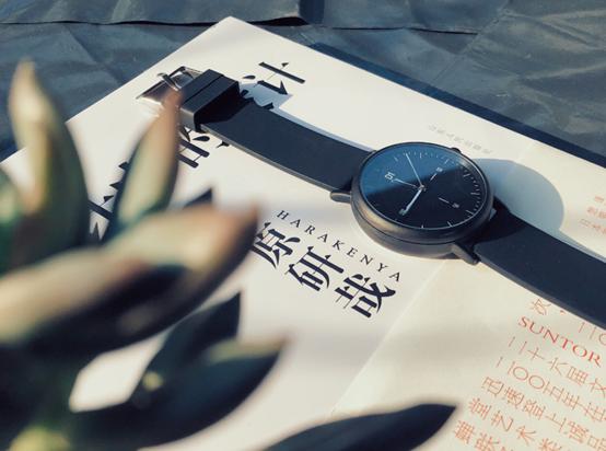 D1智能手表,颠覆传统智能手环!