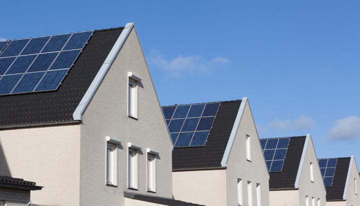日产太阳能和电池储能系统进入英国市场