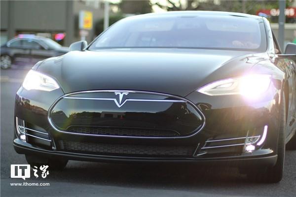 比人类驾驶安全1000倍 英特尔对100辆自动驾驶汽车进行测试