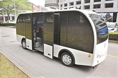 上海交大现无人小巴:团队称未来要做无人共享汽车