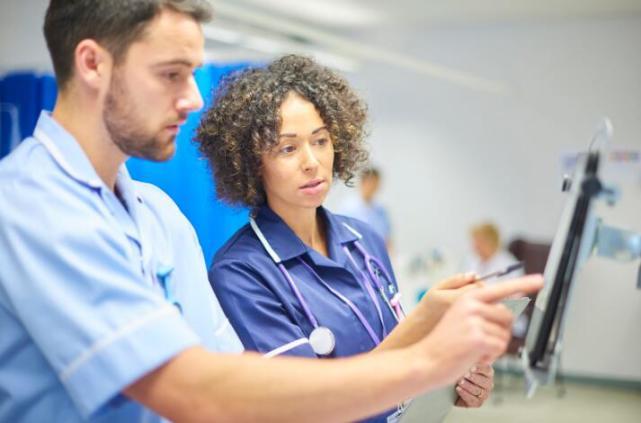英国政府投资人工智能检测技术识别癌症延长人寿命