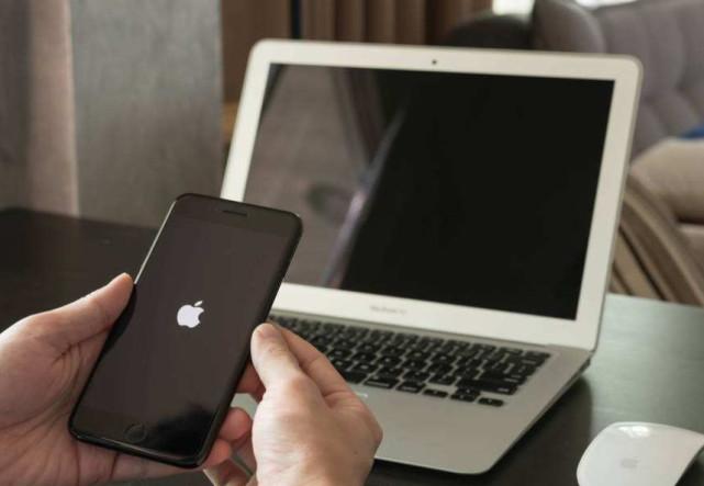谷歌被控追踪440万英国iPhone用户 遭索赔43亿美元