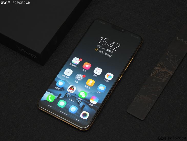"""金博士娱乐_买手机当然要选个漂亮的  """"颜值控""""热门手机推荐(附图赏析)-具体内容-玩意儿"""